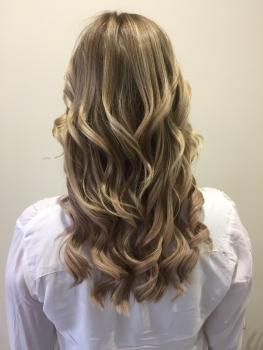 Haarverdichtung blond nachher