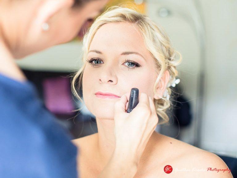 Make-up für die Brautfrisur in Leverkusen