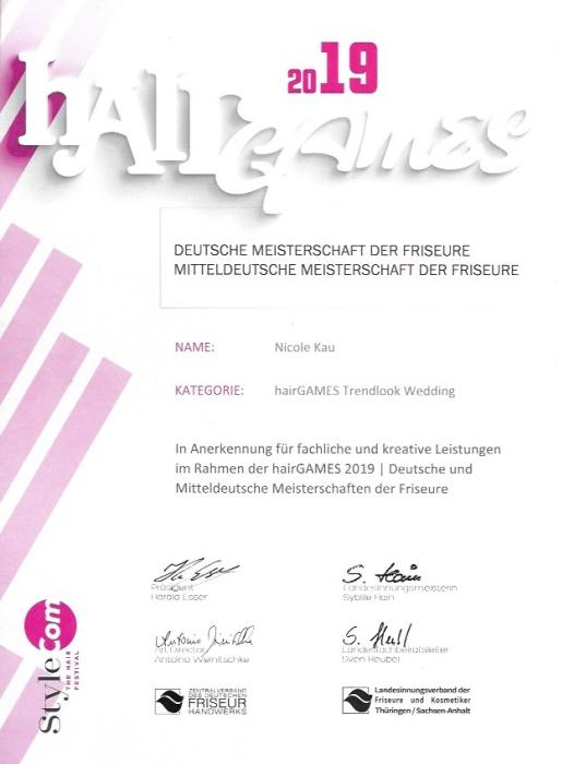 Zertifikat deutsche Meisterschaft Friseurin Nicole Kau